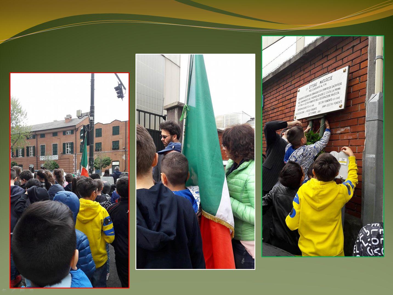 Il Presidente dell'ANPI Giancarlo RUSSO, nonché maestro elementare, accompagna i bambini delle scuole di Sestri a rendere omaggio ai Partigiani caduti deponendo le corone presso le lapidi.